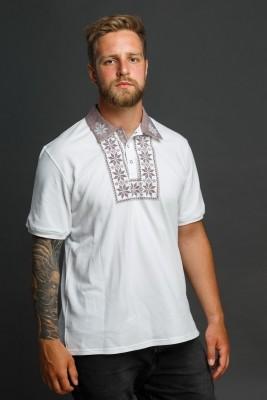 Мужская рубашка-поло с вышивкой и бежевым декором. Фото 4