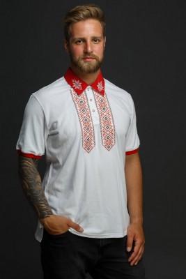 Мужская рубашка-поло с вышивкой и красным декором. Фото 1