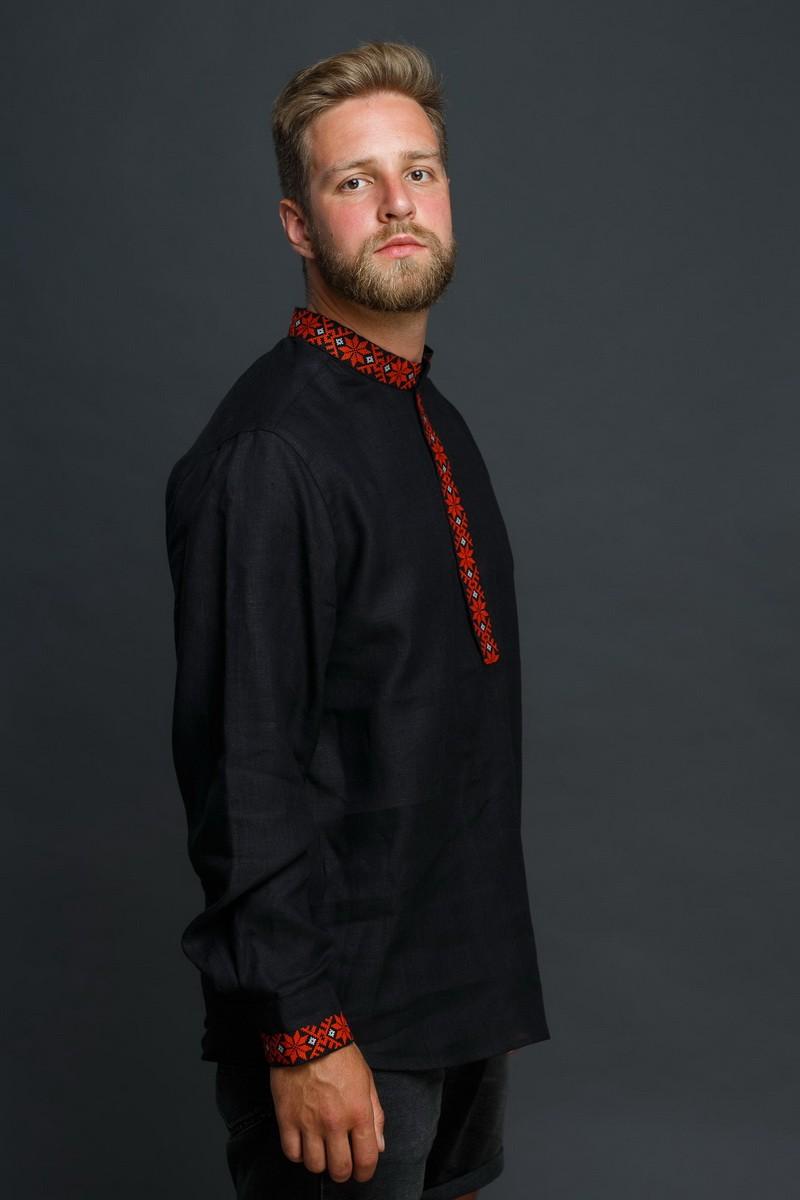 """Мужская льняная рубашка """"Праздничная"""" в черном цвете. Фото 1"""