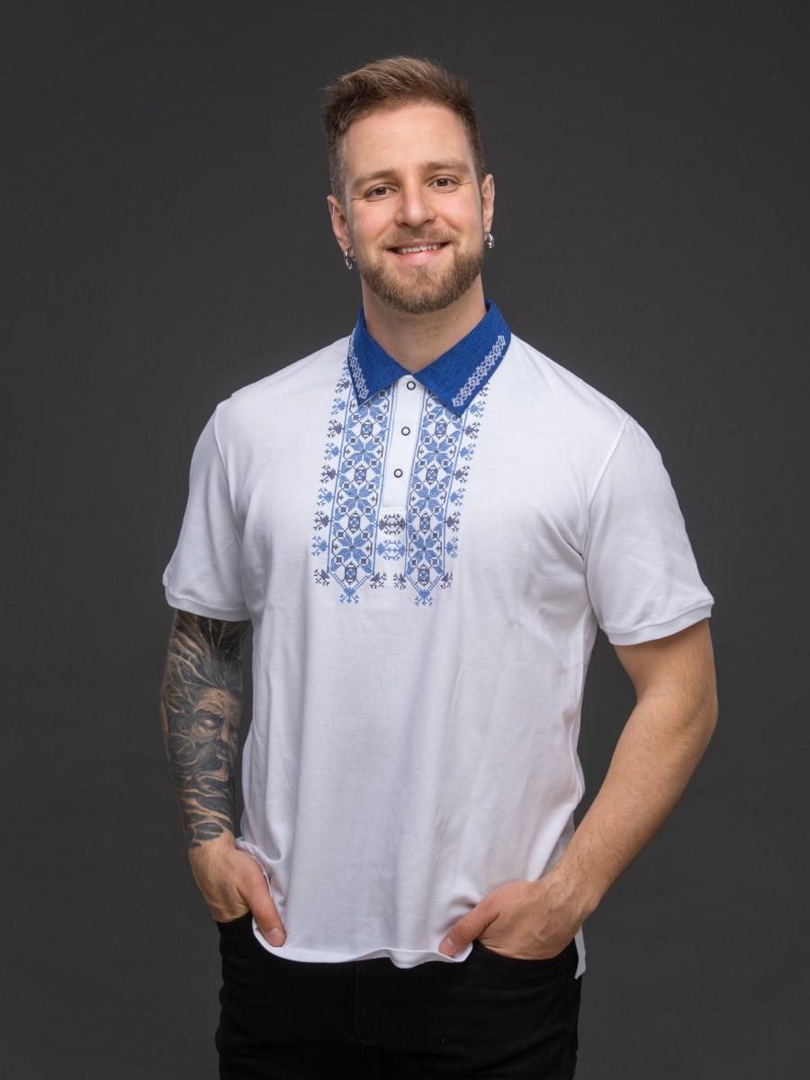 Мужская рубашка-поло с вышивкой и сінім декором. Фото 1